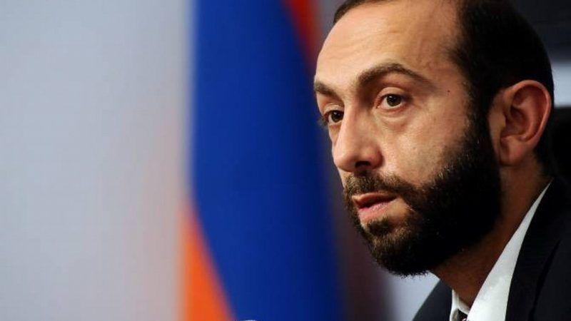 Armenia no negocia con Azerbaiyán un tratado de paz