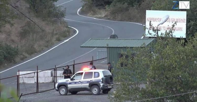 Azerbaiyán cobra aduana a camiones iraníes en camino a Armenia