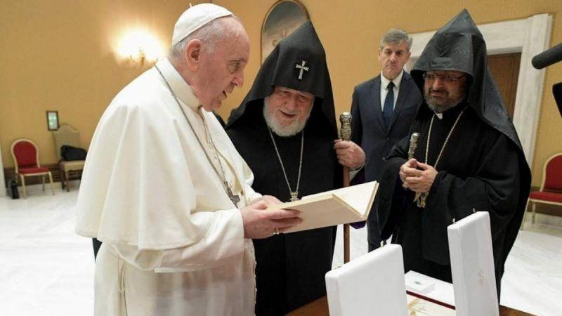Garegin II se reunió con el Papa y pidió por los cautivos armenios