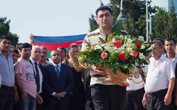 """El 26 de mayo de 2020 y a 16 años del asesinato, el TEDH sentenció que Azerbaiyán violó la Convención Europea al liberar al """"asesino del hacha"""" Ramil Safarov."""