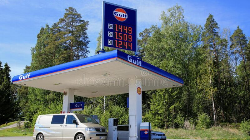 "Bakú se ""apoderaría"" del mercado de combustibles de Armenia"