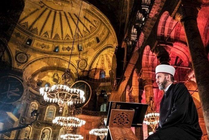 Erdogan busca convertir a Santa Sofía en mezquita
